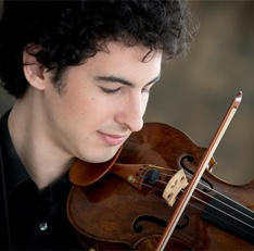 Portrait of violinist Itamar Zorman